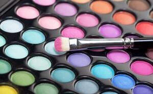 What College Has Taught Me About Makeup
