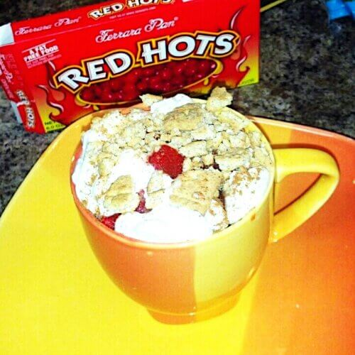 http://www.myprettybrownblog.com/2012/11/red-hot-apple-pie-in-a-what-a-mug/