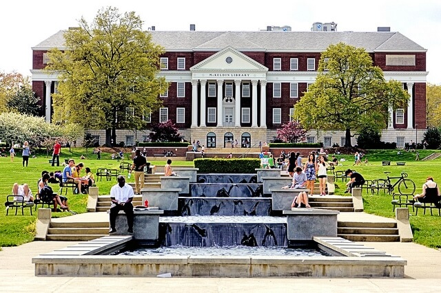 essays for university of maryland