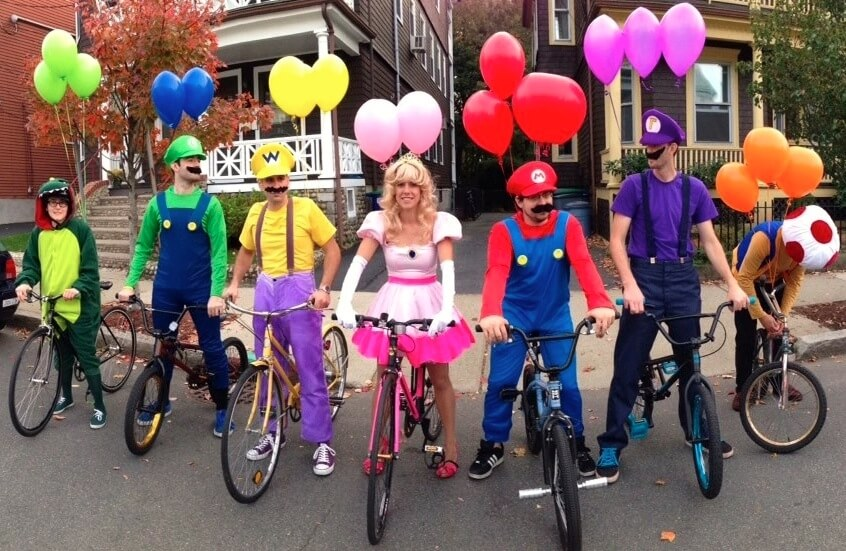 10 New Go-To Group Halloween Costumes