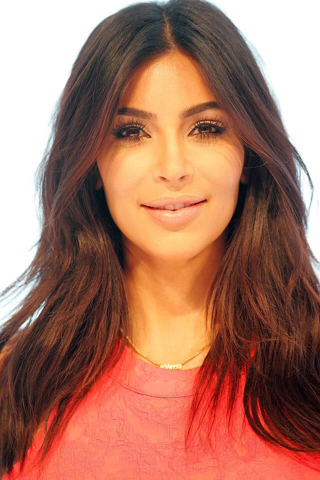 Kim_Kardashian_West,_Parramatta_Westfield_Sydney_Australia (1)