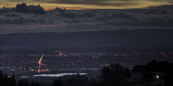 Night falls over Silicon Valley via Flickr