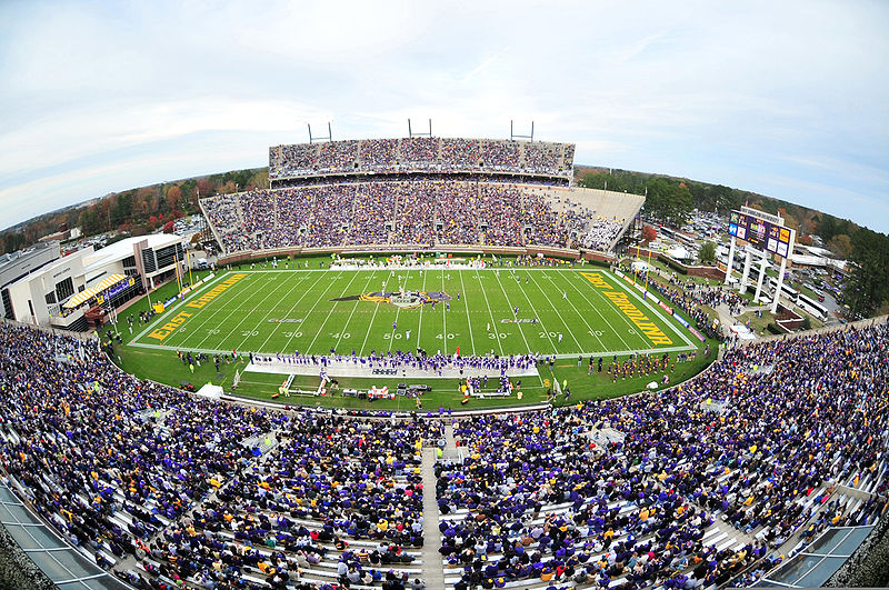 CM's Top 10 Schools for Football Fans - College Magazine