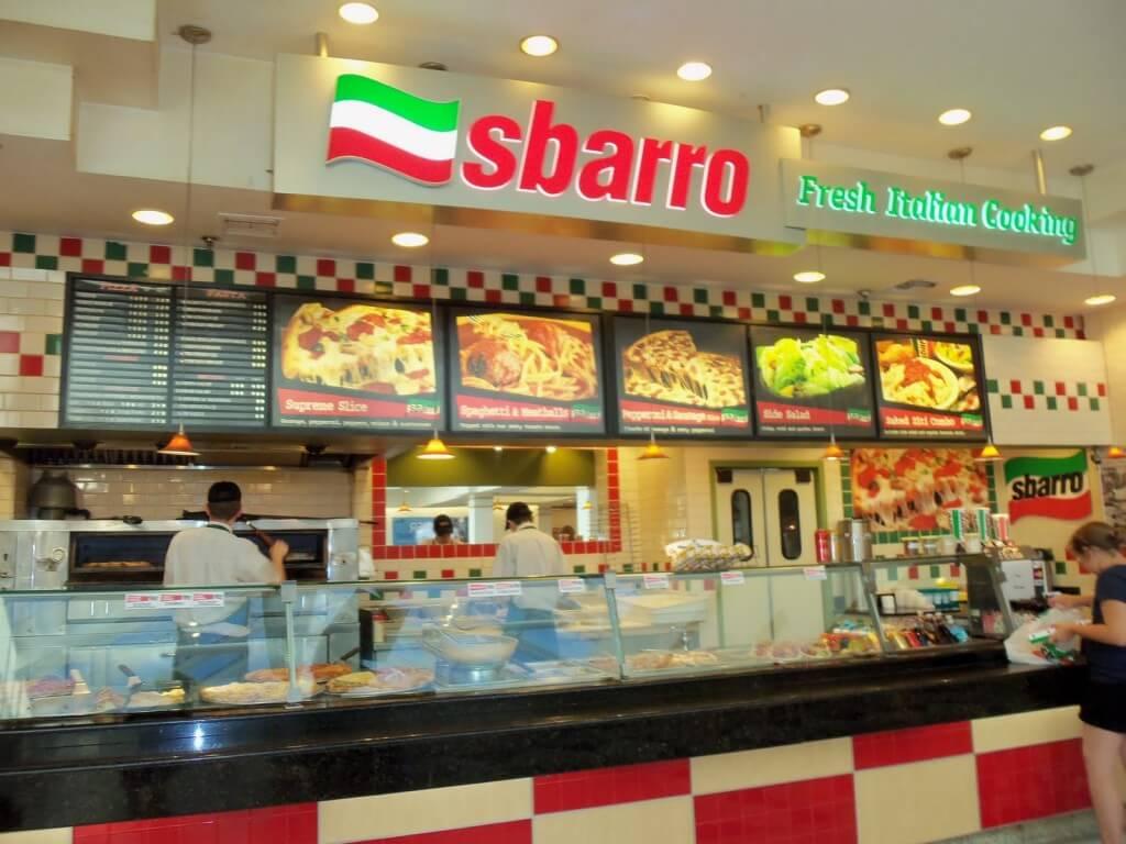 http://burgersdogspizza.com/wp-content/uploads/2014/03/sbarro2.jpg