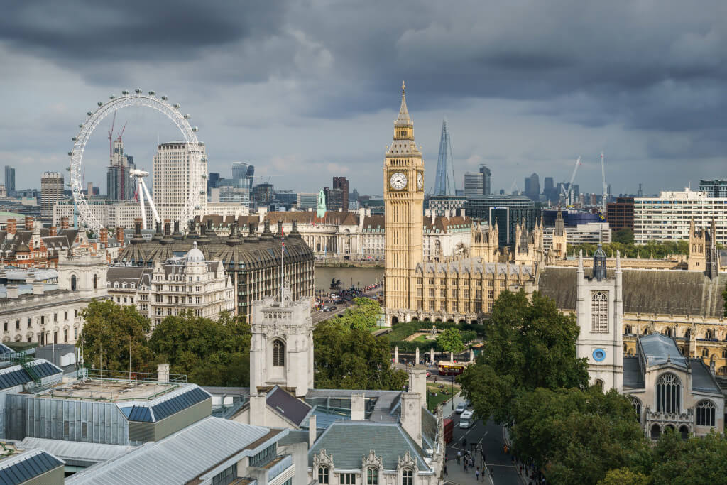 Top 10 Day Trip Hot Spots When Studying Abroad In London