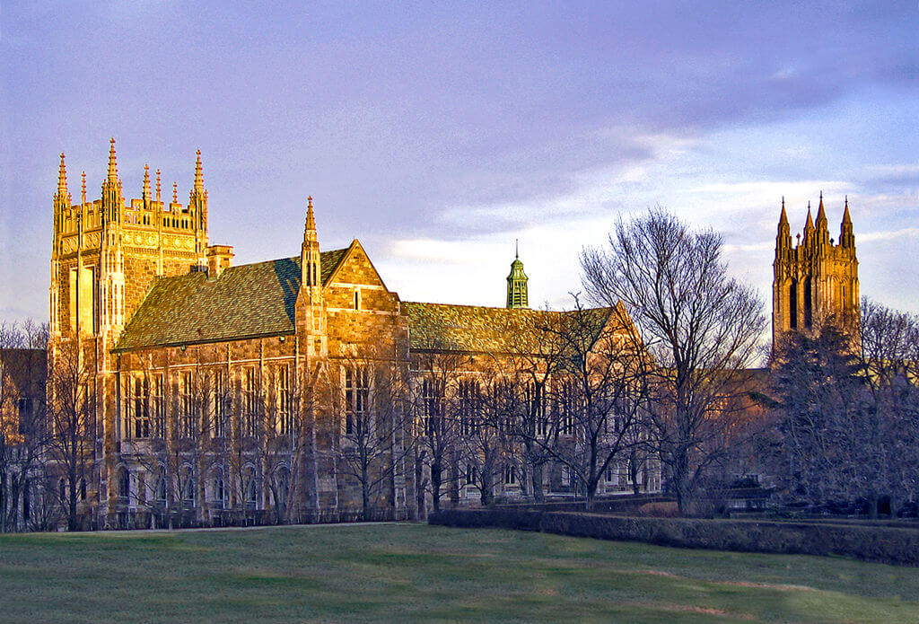 Boston College is a good school for students not interested in Greek life
