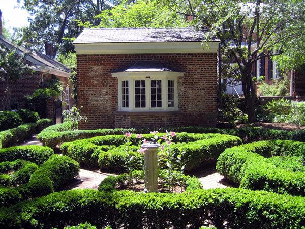founders garden