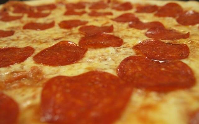 pizza-414877_640-640x400