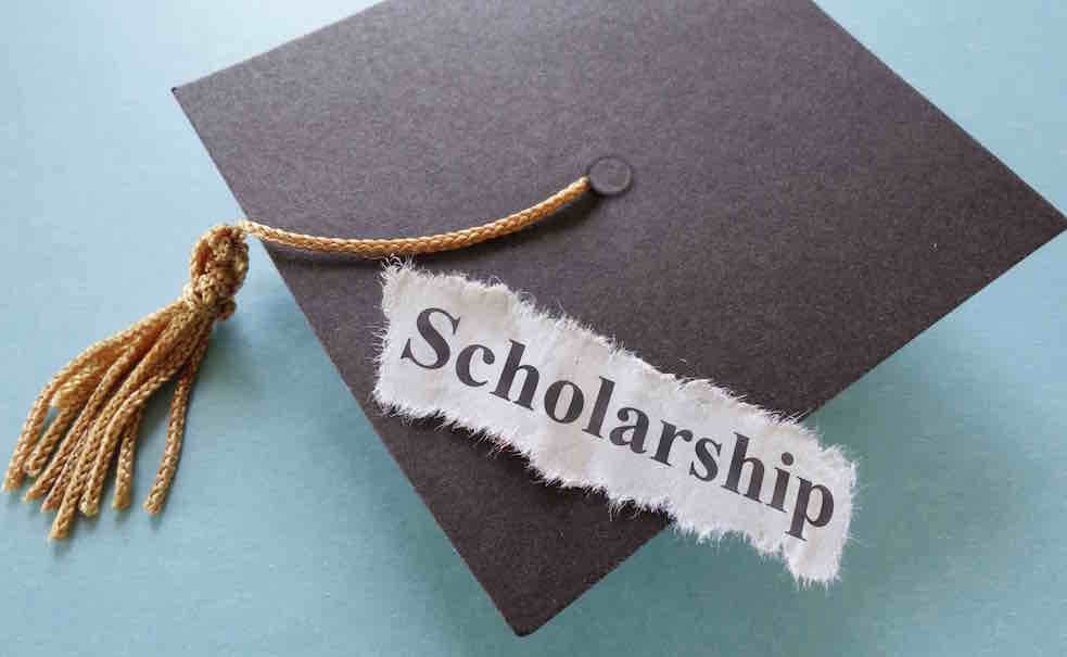 Scholarships For College Students >> Top 10 Scholarships Every College Student Should Know About