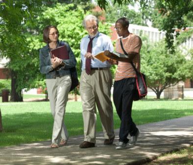 Professor-College-Students-e1408415643753
