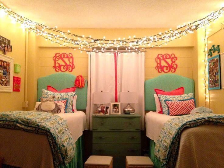 dorm lighting ideas for girl   21 Borderline Genius Ways to Make Your Dorm Room Calm AF ...