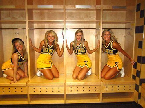 Iowa Hawkeyes cheerleaders are the prettiest