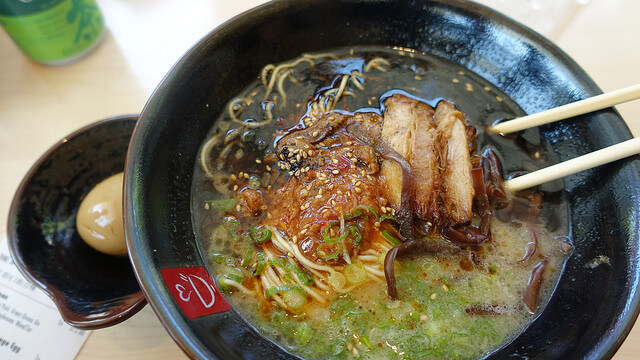 eat ramen in los angeles during the winter