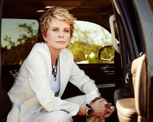 patricia cornwell is an experienced author