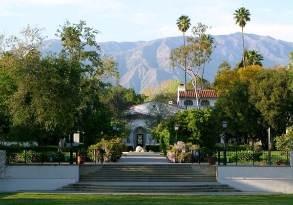 best colleges in LA