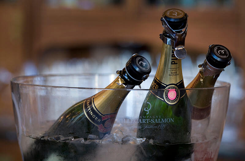 get a free bottle go champagne from cantina when you turn 21