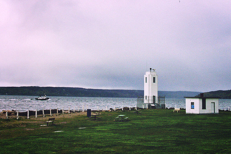 browns point light house