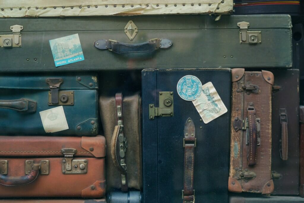 suitcases placelessness