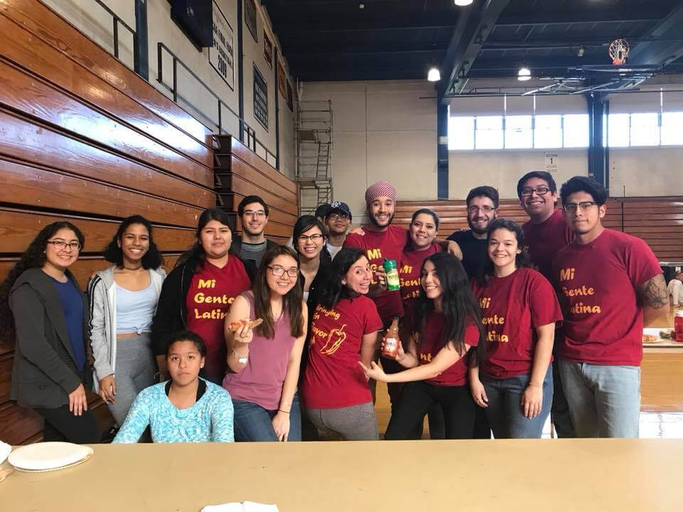 Members of Mi Gente Latina franklin and marshall college