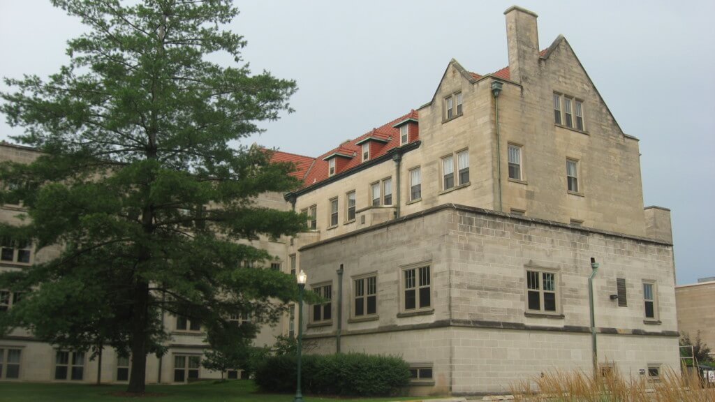 eiu safest college campuses