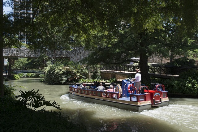 River barge ride things to do in san antonio