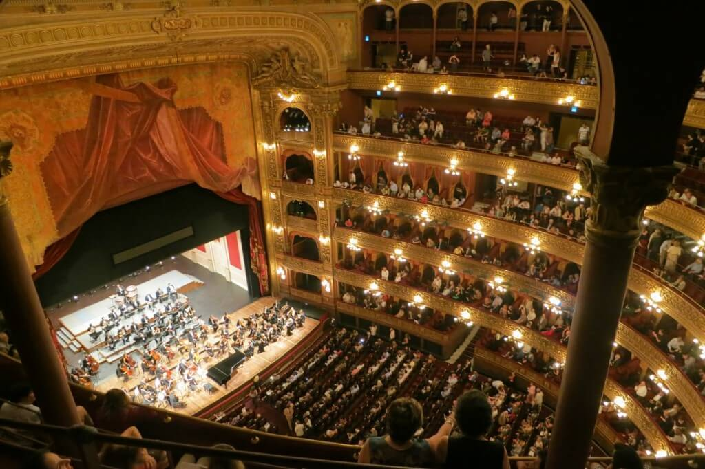 opera things to do in buenos aires