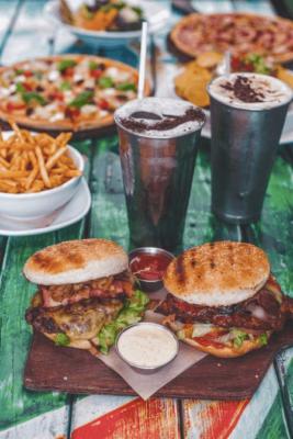 burger, milkshake, Fidel's,