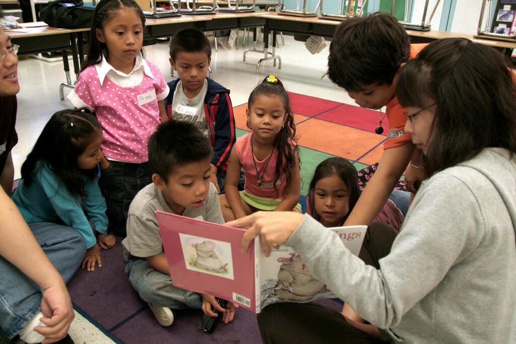 Reading to Kids at Esperanza School