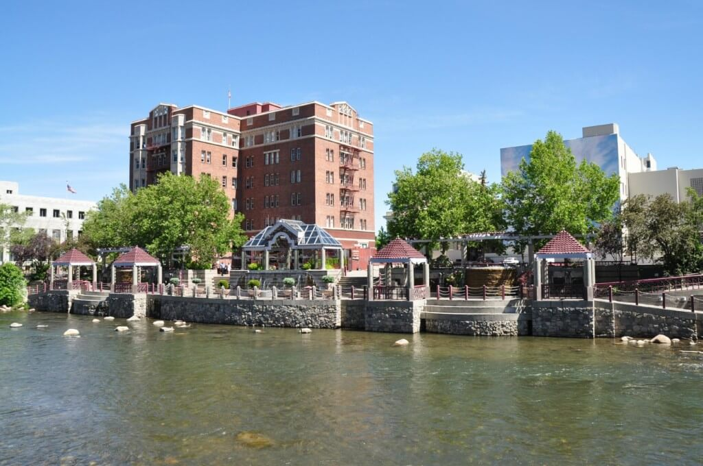 things to do in reno riverwalk