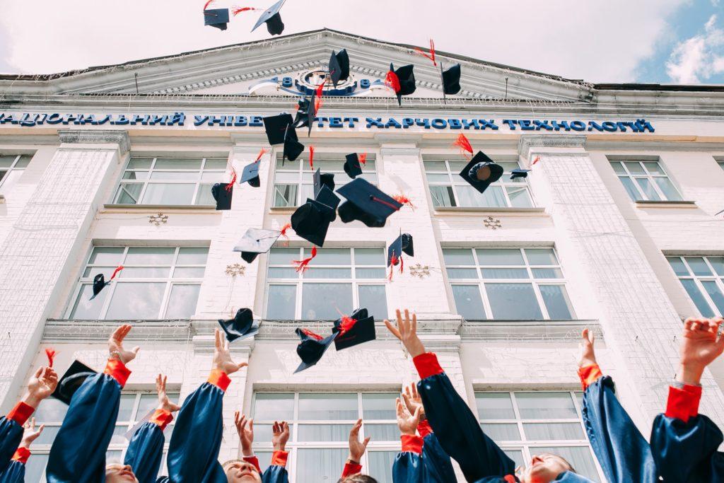 santa monica college admissions hours