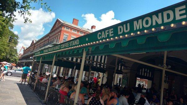 Cafe Du Monde Exterior New Orleans