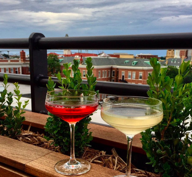 rooftop bar things to do in savannah