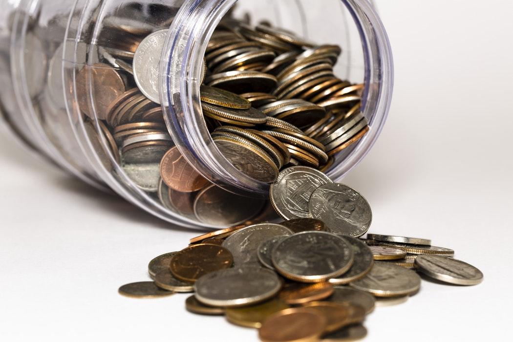 coins in jar ways to save money