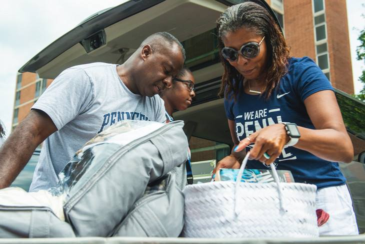 penn state parents helping student move in day
