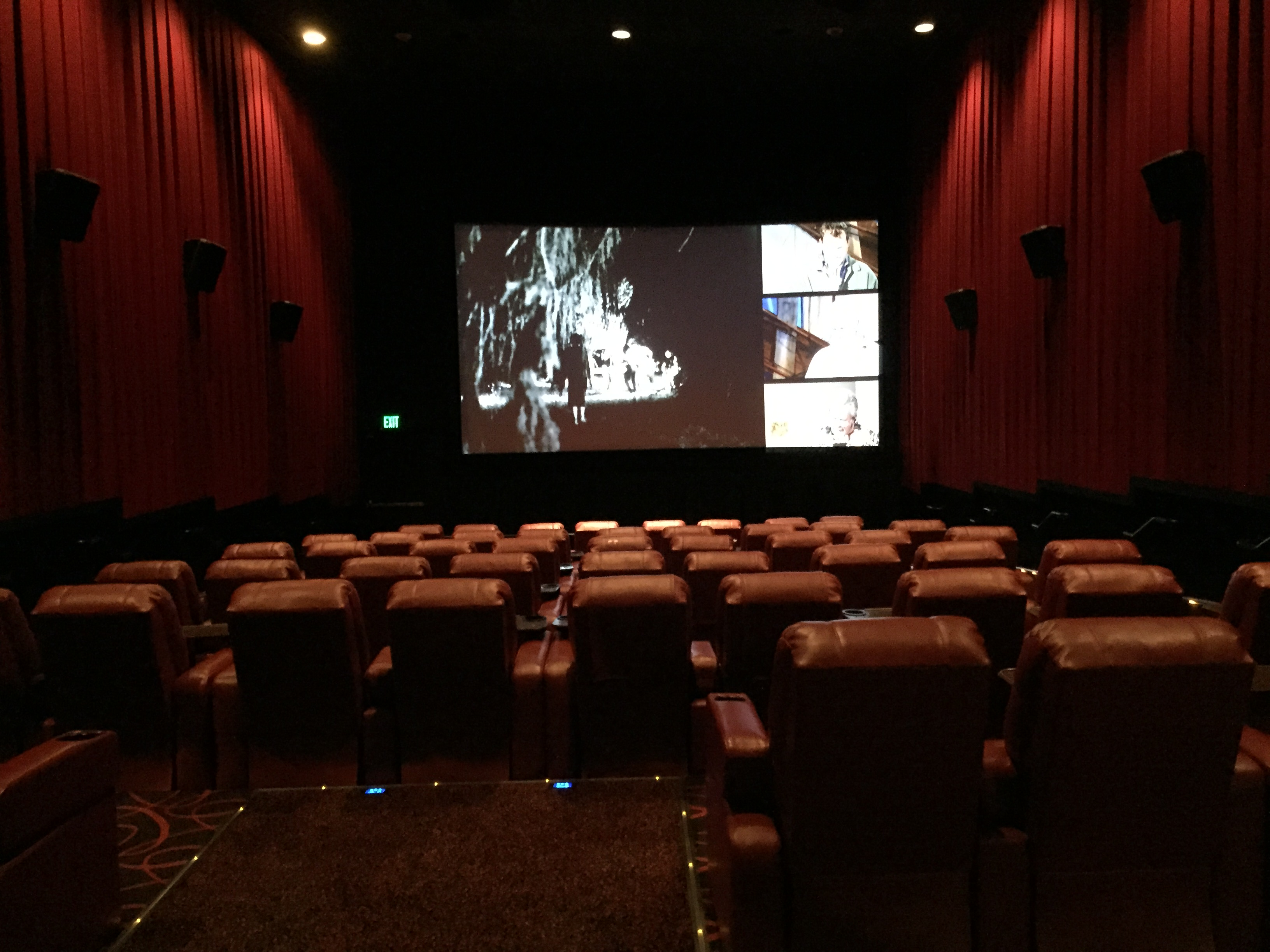 movie theatre things to do in sarasota
