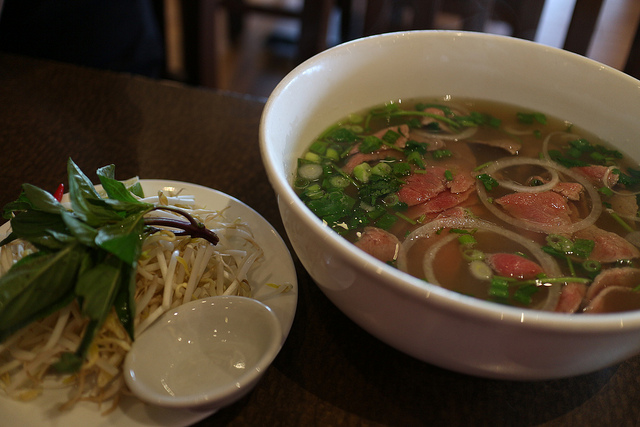 pho best date spots at temple