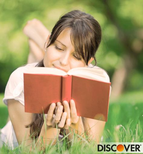 girl studying discover best credit card benefits