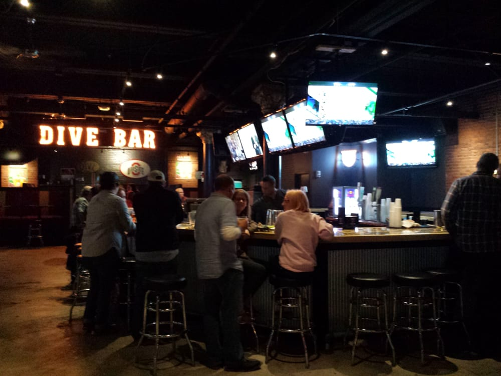 dive bar things to do in cleveland