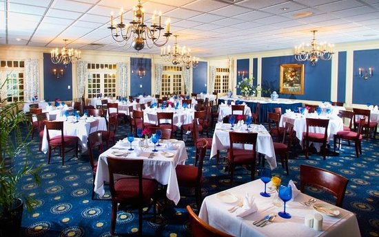 picture of nittany lion dining room