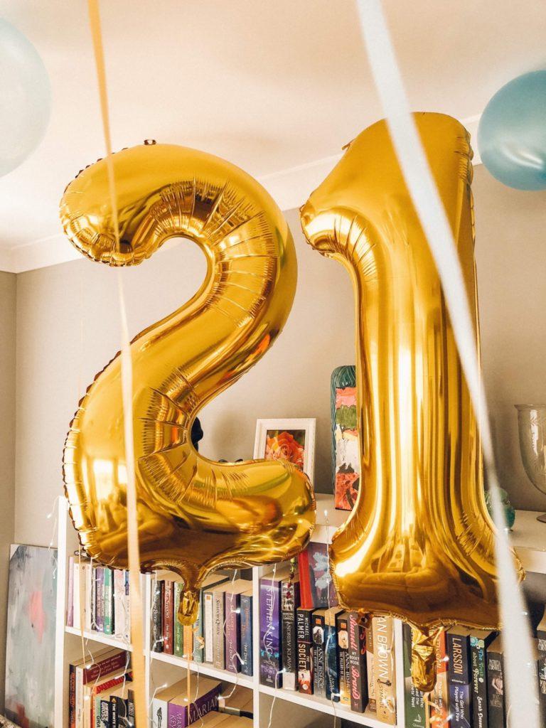 21 balloons 21st birthday ideas