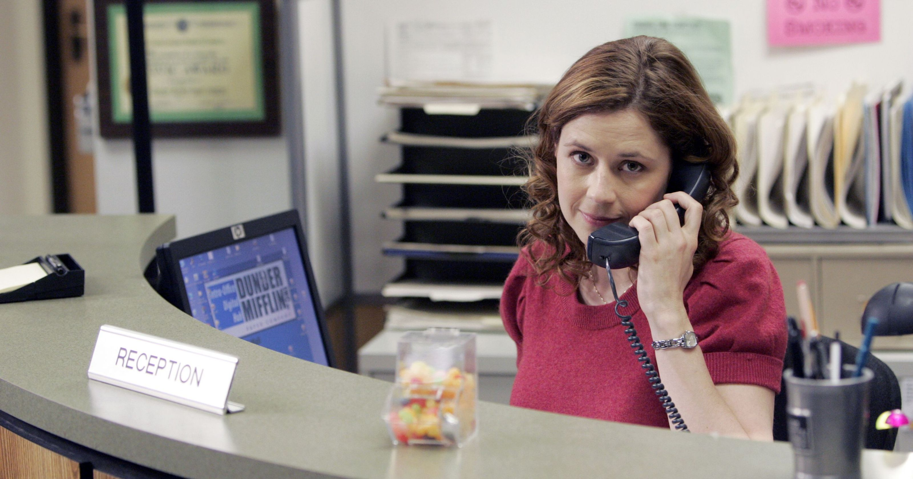 receptionist is the best summer jobs