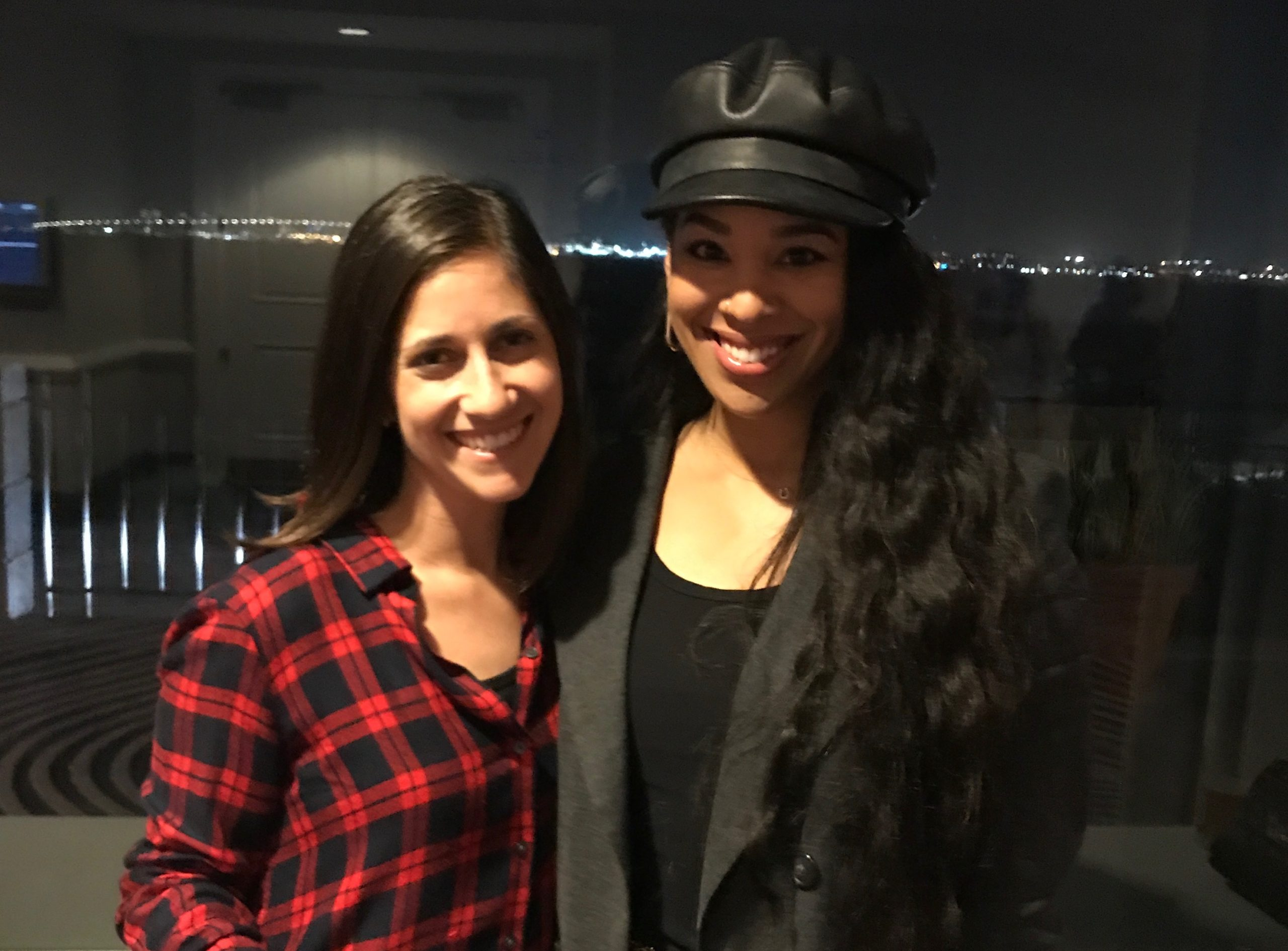 Amanda Nachman and Lauren Messiah at the Amy Porterfield Entrepreneur Experience