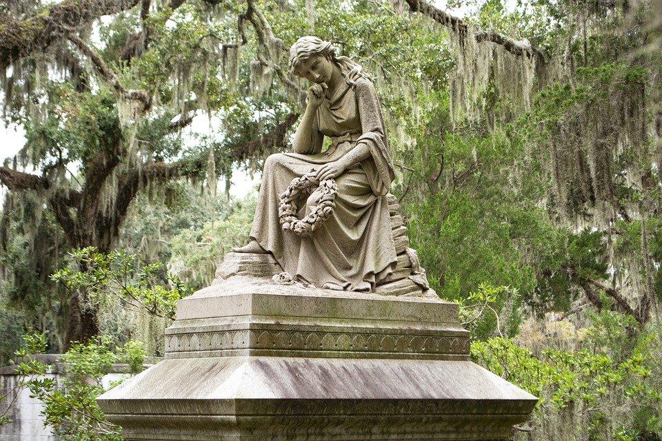savannah grave stone