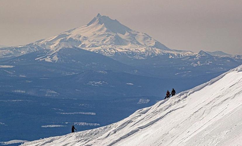 snowboarders mt hood