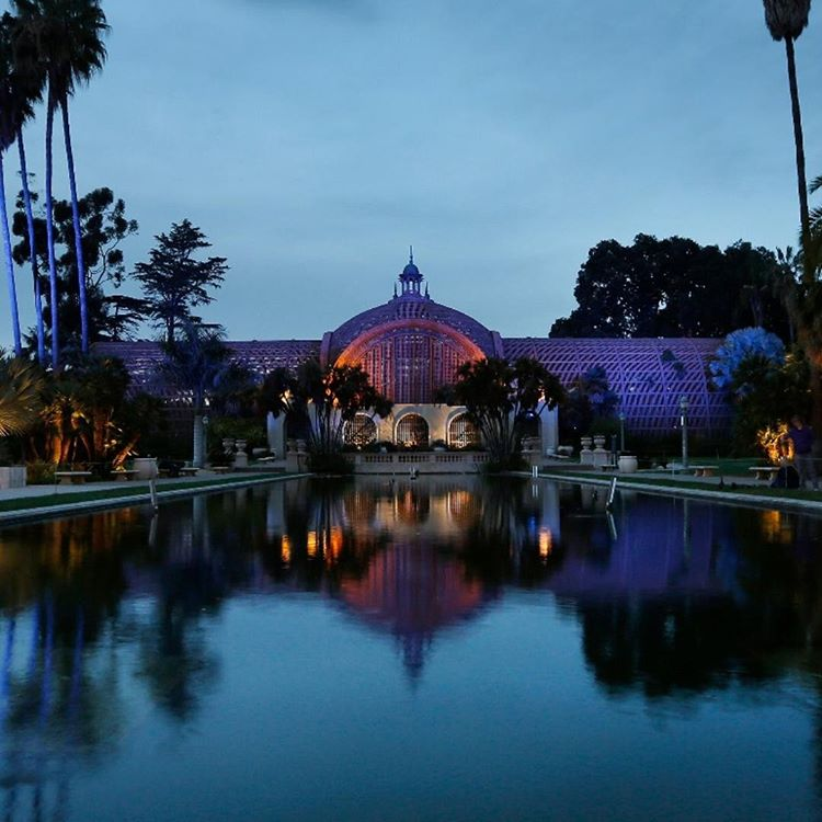 Road trip idea: Balboa Park's Botannical Building in overcast, romantic weather and still water.