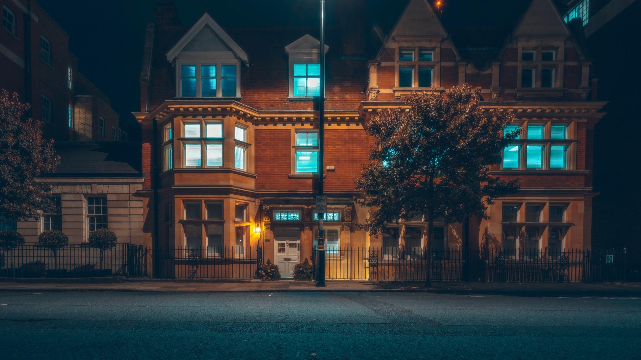 Frat House/Mansion