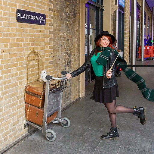 things to do in london - king's cross harry potter platform