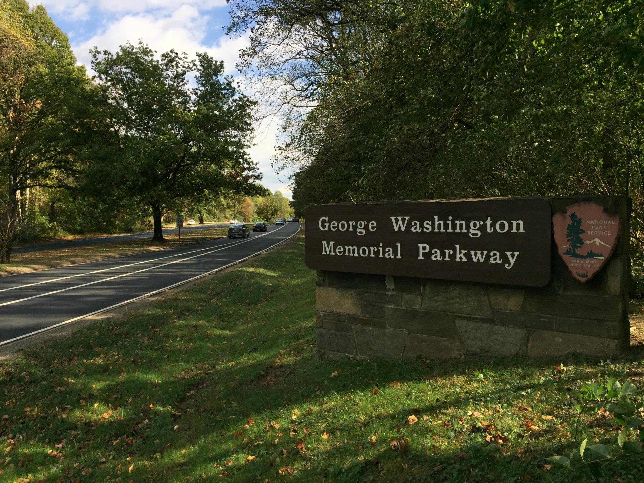 GW Parkway Entrance